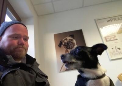 und vor allem natürlich mein Hund, und wenn es ein Besuch beim Vet zum Krallen schneiden ist ;)